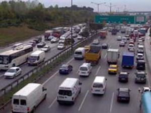 Vatan Caddesi kapatıldı, trafik felç oldu