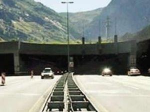 Dünyanın en uzun tünelinde ışık göründü