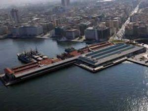 İzmir Körfezi'ndeki kirlilik giderilemiyor