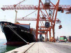 Mersin Limanı'nda yük trafiği artıyor