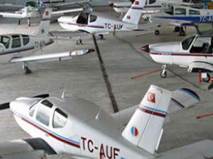 AÜ, yılda 80 pilot yetiştirmeyi planlıyor