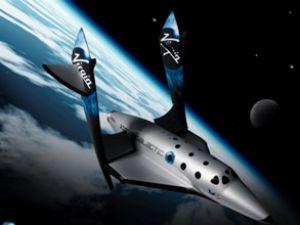Uzay limanının pisti gösteri uçuşuyla açıldı