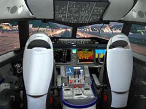 """THY pilotlarına """"Dreamliner"""" konforu geliyor"""