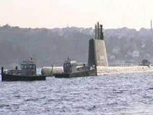 Sürüklenen denizaltı Boğaz'a korku saldı