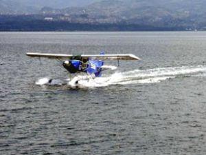 Deniz denetim uçağı Körfez'i denetliyor