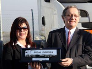 "Alışan Lojistik'in tercihi ""Scania"" oldu"