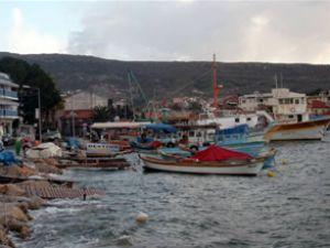 Foça Küçük Deniz Limanı'nda önlem alınmadı