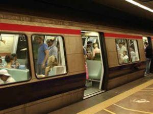 Devler, metrodaki boş alanlar için yarıştı