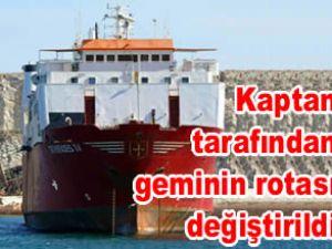 Yardım gemisi, Pire Limanı'na getirildi