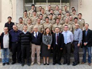 DEÜ'de 28 mühendis eğitimini tamamladı