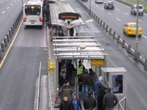 Metrobüste nakit geçiş devri sona erdi
