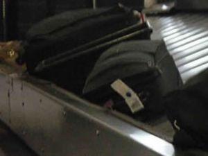 Yanlış valiz uçağı geri döndürdü