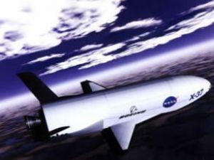 Amerikan uzay aracı X-37B, inişini yaptı
