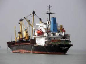 Ocean Pearl gemisinin omurgası kırıldı
