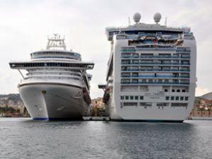 FBI: Kruvaziyer gemiler suç yuvası