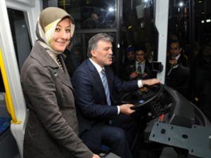 Gül, TEMSA Otobüs Fabrikası'nı gezdi