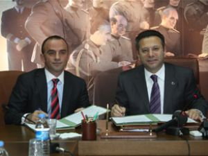 Vali Aksoy ile Öztürk'ten eğitim protokolü