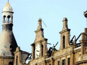 Haydarpaşa Garı'na geçici çatı yapılıyor