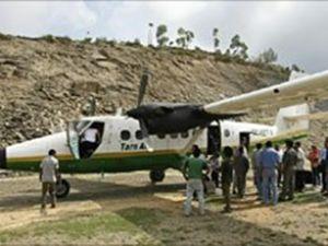 Nepal'de düşen uçağın enkazına ulaşıldı