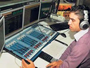 Trafik çilesine karşı radyo yayını yapılıyor