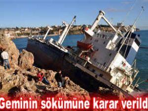 Kayalara çarpan gemiye 47 bin TL'lik ceza