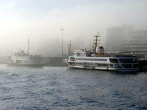 Sis deniz ulaşımını olumsuz etkiliyor