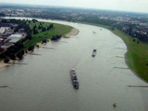 Ren Nehri'nde gemiler sefere çıkamadı