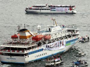 Mavi Marmara ziyaretçi akınına uğruyor