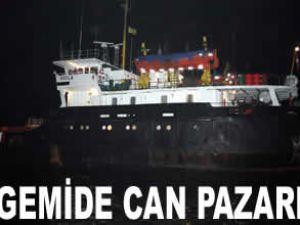 Yük gemisi batmaktan son anda kurtarıldı