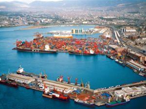 İzmir Limanı'nda yağ tankeri krizi yaşandı