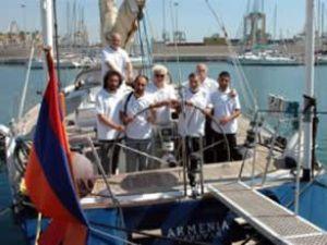 Armenia yelkenlisi seyahatini sürdürüyor