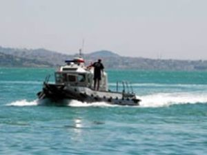 Yunan botları Türk karasularını ihlal etti