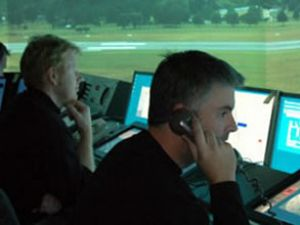 ATC Merkezi boşaltılınca uçuşlar aksadı