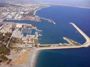 Antalya Büyük Liman'da patlama