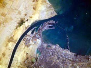 Mısır olayları Süveyş Kanalı'nı tıkadı