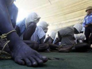 Hindistan, 28 Somalili korsanı yakaladı