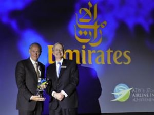 """Emirates,"""" Yılın Havayolu Şirketi"""" seçildi"""