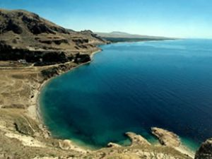 EMITT'te Van Gölü'nün suyu dağıtıldı