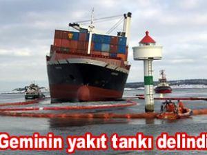 Konteyner gemisi Godafoss karaya oturdu