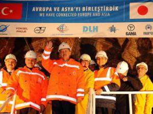 Erdoğan, denizin 42 metre altından geçti