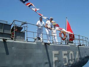 Türk gemisi Yunan karasularını ihlal etti