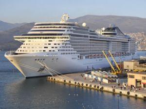 MSC Splendida 2 gece İzmir'de kalacak