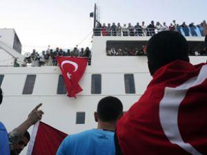 Ankara Feribotu Çeşme Limanı'na yanaştı