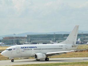 138 yolculu Donavia uçağı pistten çıktı