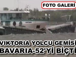 Yolcu gemisi, kargo gemisi ile çatıştı