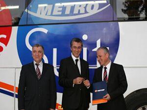 Metro Turizm'den öğrencilere tam destek