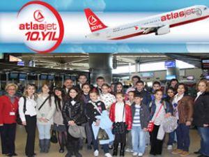 Atlasjet 23 Nisan'ı çocuklarla kutluyor