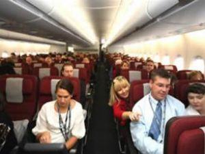 Uçakta giyilmemesi gereken 5 şey