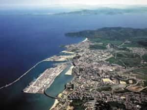 Algericas Limanı'nda grev riski sürüyor