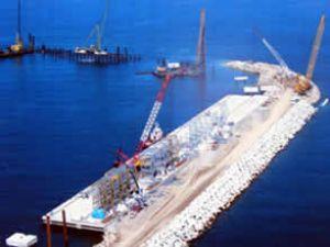 Alaplı'da liman çalışmaları hızla sürüyor